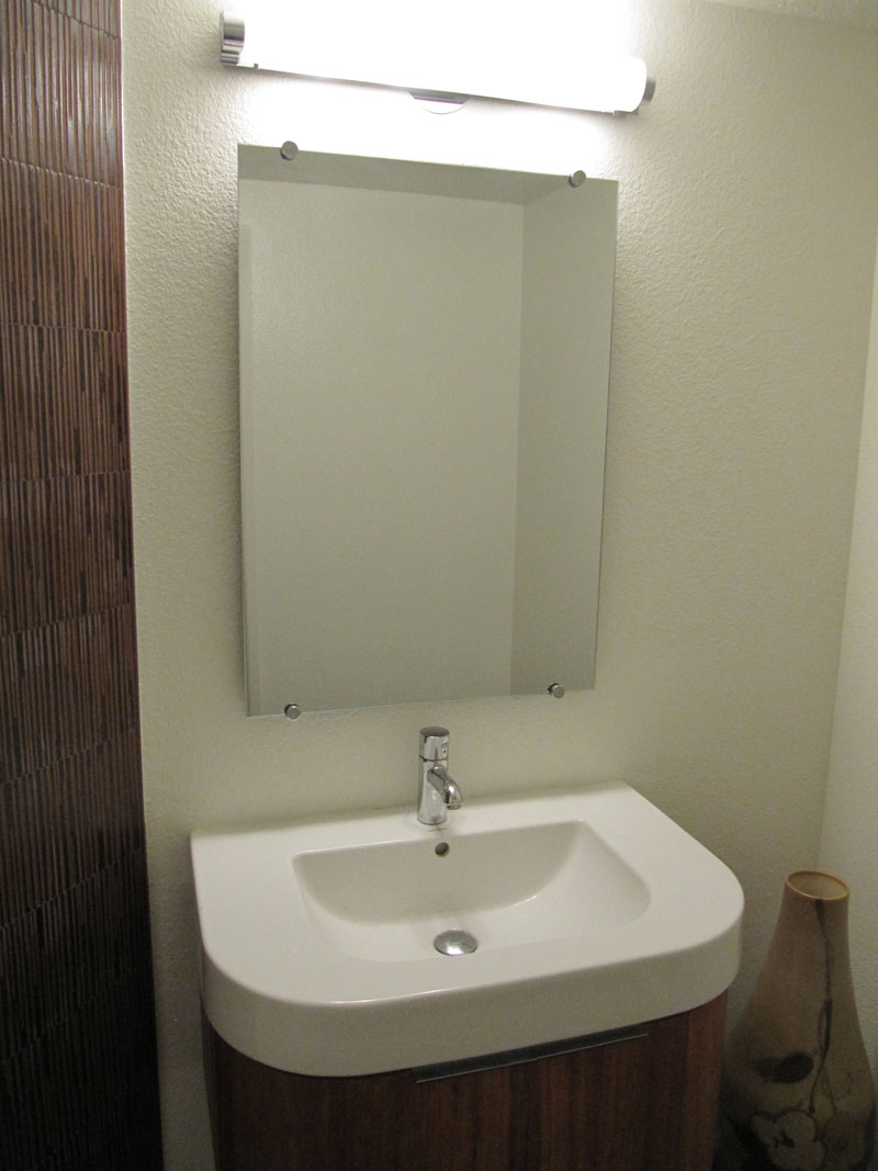 Bathroom closet door mirrors orange county local glass screen irvine ca for Bathroom mirrors orange county